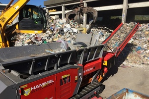 "<div class=""bildtext_eng"">HAMMEL was able to prove the efficiency of its machines through shredding different materials like waste, wooddebris and metal profiles</div>"