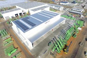 """<div class=""""bildtext_eng"""">The new production hall covering 6700 m²</div>"""