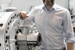 """<div class=""""bildtext_eng"""">Robert Obermayr, the head of the new EREMA business unit POWERFIL</div>"""