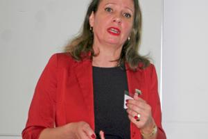 "<div class=""bildtext_eng"">Dipl.-Ing. Irena Bernstein, CLEANTEC Initiative Eastern Germany </div>"