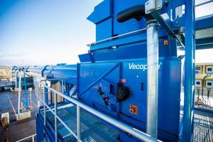"""<div class=""""bildtext_eng"""">The pipe belt conveyors of the VecoBelt series transport bulk material without losses</div>"""