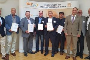 "<div class=""bildtext_eng"">From left to right: Dr. Hildebrand von Hundt (WFZruhr), Bernd Bertram (USB Bochum), Helmut Gravert (BK Werne), Peter Koll (Ossendot Umweltschutz), Stephan Kaiser (AGR), Dr. Dirk Wiegand (SASE), </div><div class=""bildtext_eng"">Christian Kley (member of the board WFZruhr); Rolf Mross and Prof. Dr.- Ing. Ralf Holzhauer (WFZruhr)</div>"