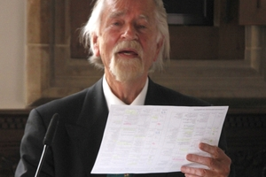 """<div class=""""bildtext_en"""">Prof. Dr. Reinhold Mokrosch</div>"""