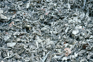 "<div class=""bildtext_en""><span class=""bildnummer"">16 </span>Shredded aluminum </div>"