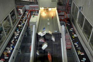 "<div class=""bildtext_en""><span class=""bildnummer"">14 </span>Plastic processing plant in Germany </div>"