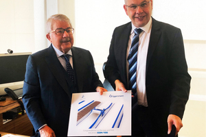 "<div class=""bildtext_en"">From left to right: Faruk Mustafa Rasool, Executive Board Chairman of the Faruk Group, and Karlgünter Eggersmann, Managing Director of the Eggersmann Group, after signing of the contract in December 2018 at Suleymaniyah</div>"
