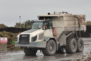 "<div class=""bildtext_en"">The customized Terex Trucks hauler can be unloaded in just 12 seconds</div>"
