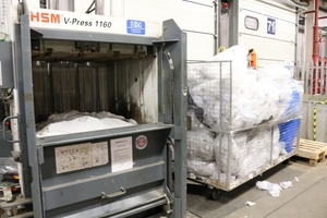 "<div class=""bildtext_en"">At the Shirebrook facility are now 5 V-Press models for plastic waste in </div><div class=""bildtext_en"">operation</div>"