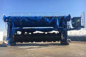 """<div class=""""bildtext_en"""">The first BACKHUS CON 100, the world's largest compost turner, </div><div class=""""bildtext_en"""">in operation in Iraq</div>"""
