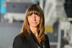 """<div class=""""bildtext"""">Martina Schmidt, Leiterin des Geschäftsbereichs Recycling I Waste der Vecoplan AG: """"Unsere Schredder bekommen durch verschiedene Konfigurationen fast alle Materialien klein.""""</div>"""