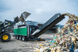 """<div class=""""bildtext_en"""">Shredding of all types of waste is the core competence of the </div><div class=""""bildtext_en"""">Terminator xtron</div>"""