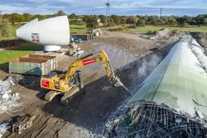 """<div class=""""bildtext"""">Im Jade-Windpark bei Wilhelmshaven wurden drei ältere Anlagen zurückgebaut</div>"""