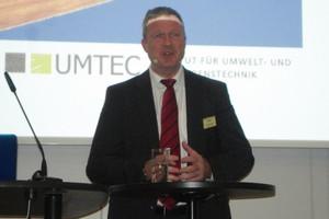 "<div class=""bildtext_en"">Prof. Dr.-Ing. Rainer Bunge, Rapperswil University of Applied Sciences, Rapperswil/Switzerland</div>"