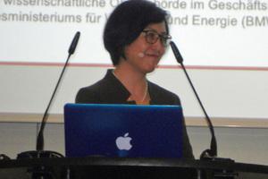 """<div class=""""bildtext_en"""">Dr. Yun Schüler-Zhou, General Mineral Resource Agency (DERA), Berlin</div>"""