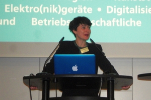 "<div class=""bildtext_en"">M. Sc. Elisabeth Thomé-Kozmiensky, TK Verlag</div>"