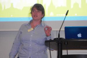 """<div class=""""bildtext_en"""">Sibylle Meyer, FairCup UG, Göttingen </div>"""