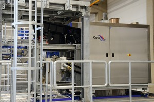 "<div class=""bildtext_en"">7 Front view of the freefall sorter in the IAB Recycling Testing Centre</div>"