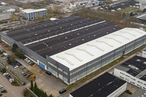 """<div class=""""bildtext_en"""">The new production halls of Starlinger in Schwerin/Germany</div>"""