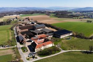"""<div class=""""bildtext"""">Seit über 30 Jahren betreibt Hubert Seiringer hier in Wieselburg </div><div class=""""bildtext"""">seine Kompost-</div><div class=""""bildtext"""">aufbereitungsanlage</div>"""
