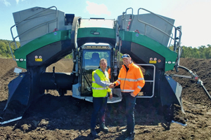 """<div class=""""bildtext_en"""">Here's to a great </div><div class=""""bildtext_en"""">partnership: Project Manager Matthew Layton (right) and ELB Sales Manager Craig Cosgrove, a specialist for Komptech products</div>"""