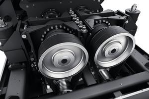 """<div class=""""bildtext"""">Bis zu 400 kW leisten die beiden Planetengetriebe des elektrischen Antriebs</div>"""