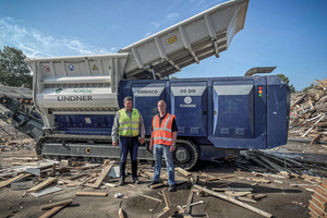 """<div class=""""bildtext_en"""">Jan Glerup, Managing Director of RGS Nordic, (left) and Jørgen Komi, CEO of Lindner partner Komi Contractor Supply, (right) are looking forward to putting the freshly delivered Urraco 95DK in operation</div>"""